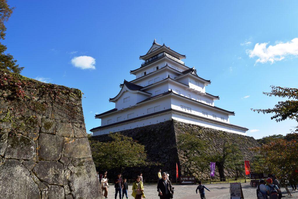 北側から見た会津若松城