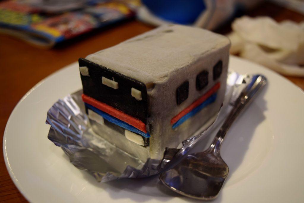 電車アイス